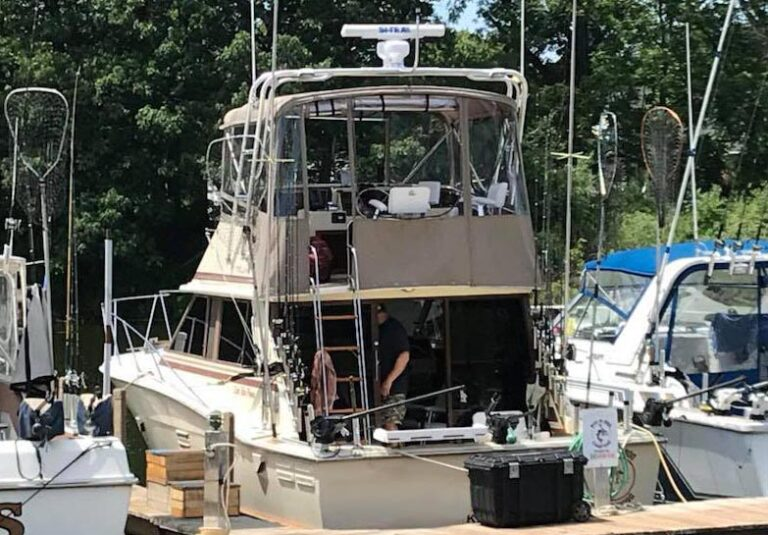 Searcher Charters Salmon, Trout Sport Fishing on Lake Ontario